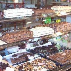 Chocolatier Confiseur Bonbonnière Antiboise - 1 -