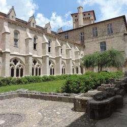 Site touristique Abbatiale Saint Robert - 1 -