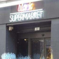 Black Market Café Paris