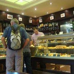 Boulangerie Brasserie De La Tour Eiffel