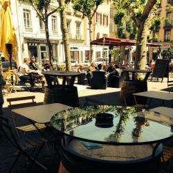 Cafe Des Negociants