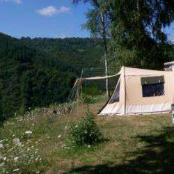 Camping Domaine De La Taillade - 2 étoiles Neuvéglise-sur-truyère
