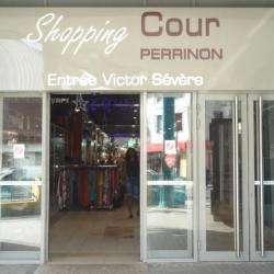 Centre Commercial Cour Perrinon Fort De France
