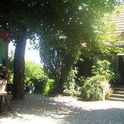 Chambres D'hôtes Roulottes & Cabane