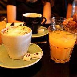 Charlotte Café
