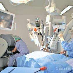 Hôpitaux et cliniques CLINIQUE VICTOR PAUCHET - 1 -