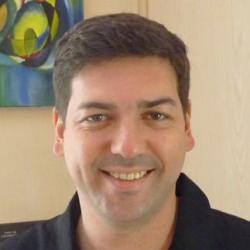 Dr Nicolas Girard