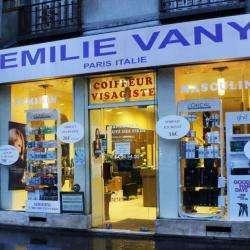 Emily Vany Paris Et Italie