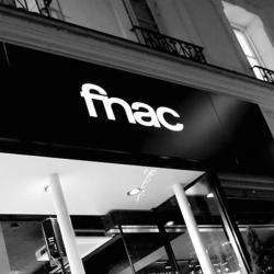 Centres commerciaux et grands magasins FNAC Melun - 1 -