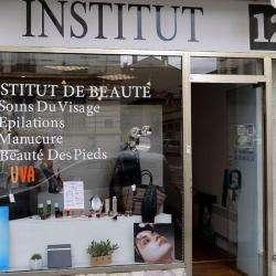 Institut 12