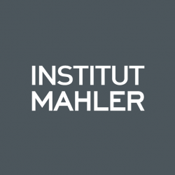 Simone Mahler Bayonne