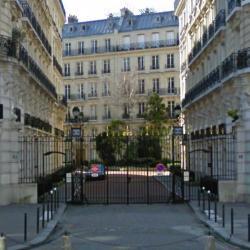Joséphine Lyon Paris