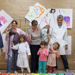 Activité pour enfant L'Ecloserie - 1 - Peindre Dans La Bonne Humeur à L'ecloserie -