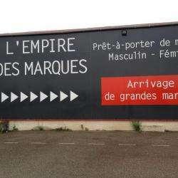 L'empire Des Marques