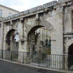 La Porte Auguste Nîmes
