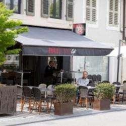 Le Full Moon Café