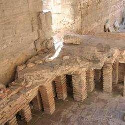 Les Thermes De Constantin Arles