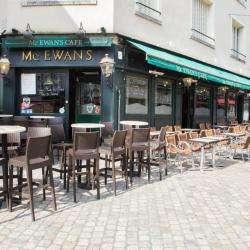 Mac Ewan's Café