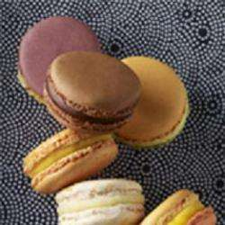 Macarons & Chocolats Pierre Hermé Paris