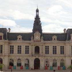 Mairie Mairie De Poitiers - 1 -