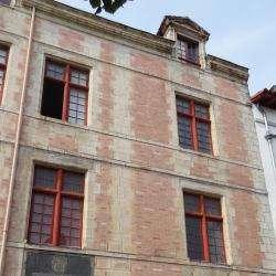 Maison De L' Infante