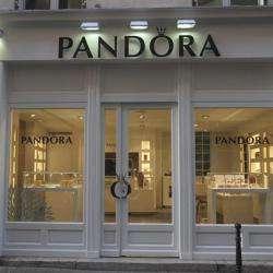 Bijoux et accessoires PANDORA - 1 -