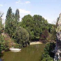 Parcs et Activités de loisirs Parc des Buttes Chaumont - 1 -