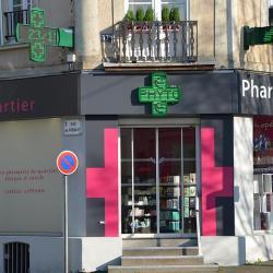 Pharmacie et Parapharmacie PHARMACIE GIFFARD - 1 -