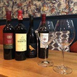 Redd Wine Bar