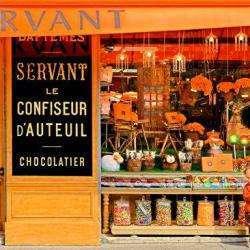 Servant Neuilly Sur Seine