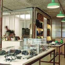Salon de thé et café Steel Cyclewear & Coffeeshop - 1 -