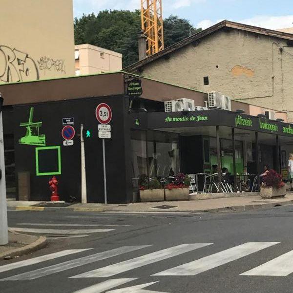 Au Moulin De Jean Rillieux La Pape