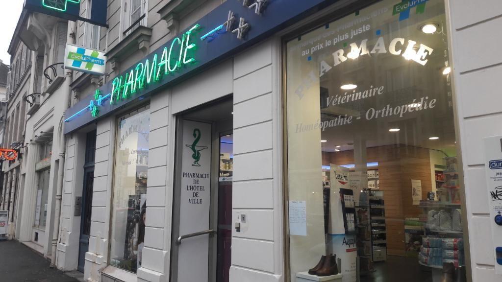 Pharmacie De L'hotel De Ville Compiègne