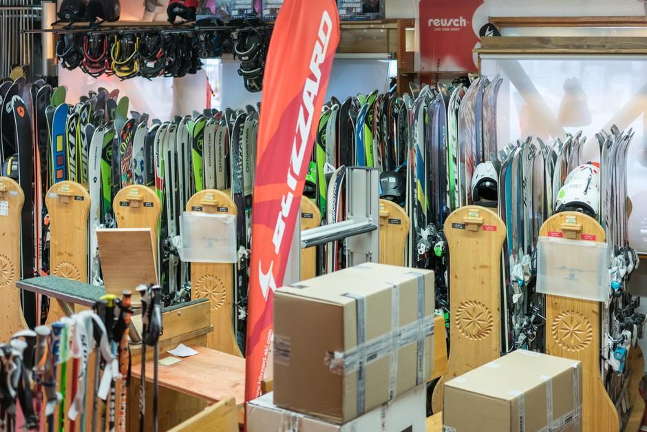 Skimium - Duch Sports - Location De Ski Tignes Le Lac Tignes